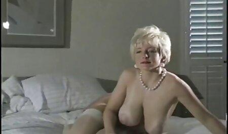 In ihrer Garage pornos kostenlos anschauen gefesselt