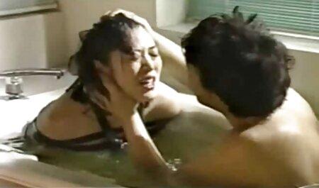 Mein Mann sieht zu, wie seine Frau auf dem Schaft eines kostenlos pornos ansehen Fremden reitet