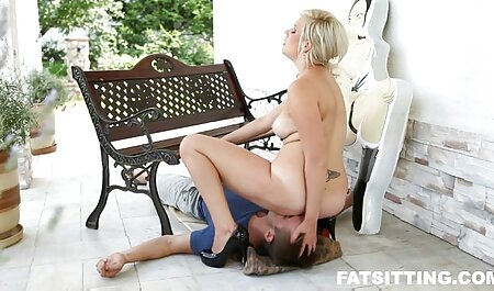 Sexy Küken, gratis pornofilme anschauen das Kerl Blowjob gibt