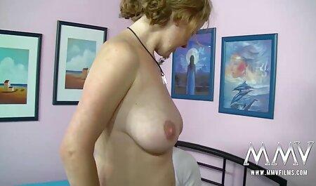 Big Tittied kostenlos pornos anschauen Grandma Candy Samples masturbiert