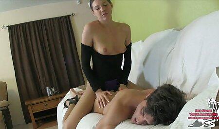 Fettige Blondine bekommt pornos gucken ohne anmeldung eine Theke hämmern