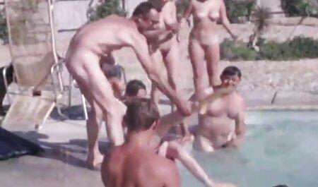 Hot Brunette Babe Rauchen und Saugen Dick gratis pornofilme sehen
