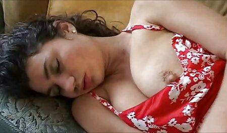 Stip Poker mit seiner Freundin und seiner alten Mutter live pornos schauen